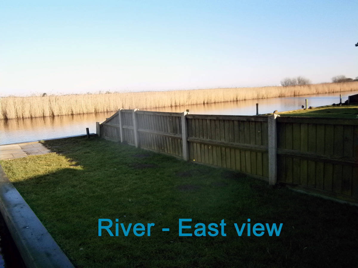 Photo of the east river view at Moonriver